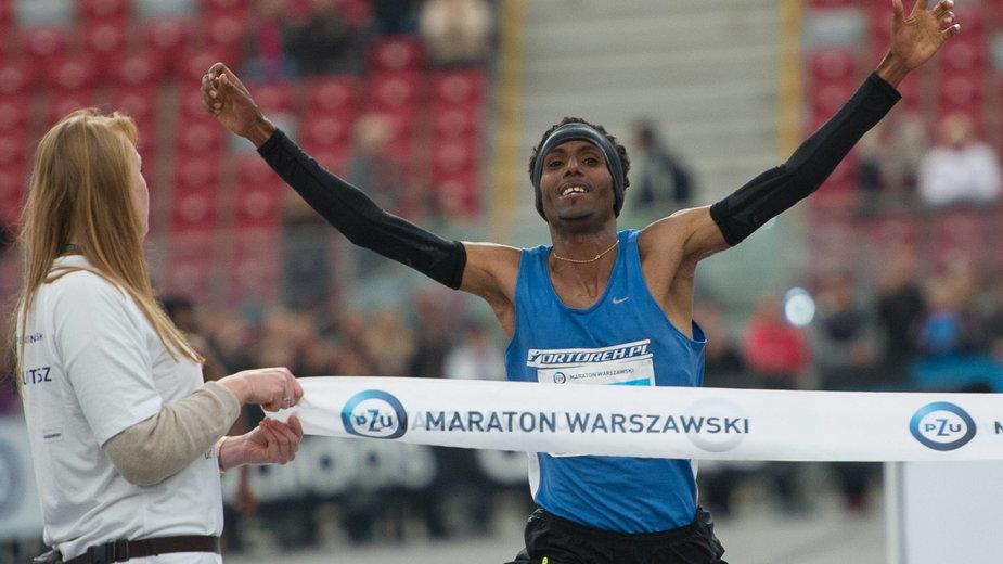 Yared Shegumo wygrał w Warszawie w 2013 roku