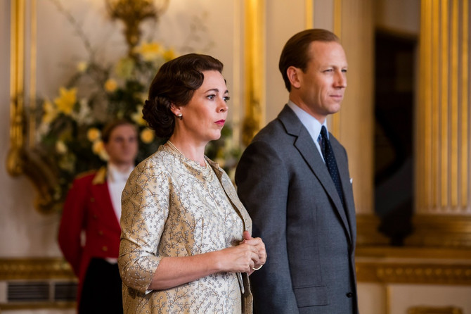Kraljica Elizabeta i princ Filip u seriji Kruna