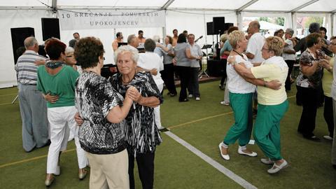 Sejm zadecydował o obniżeniu wieku emerytalnego do 60 i 65 lat