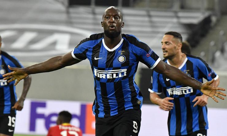 FK Inter, FK Bajer Leverkuzen