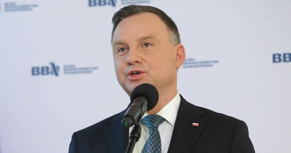 Koronawirus w Polsce. Andrzej Duda chce zmian w spłatach ...