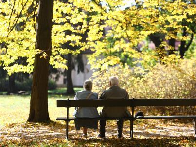Po obniżeniu wieku emerytalnego większość uprawnionych postanowiła złożyć wniosek o emeryturę