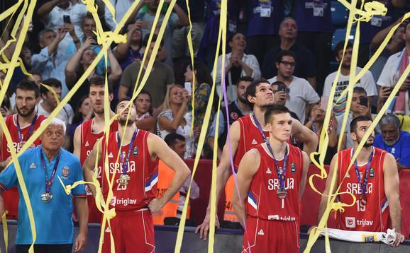 Naši košarkaši posle finala