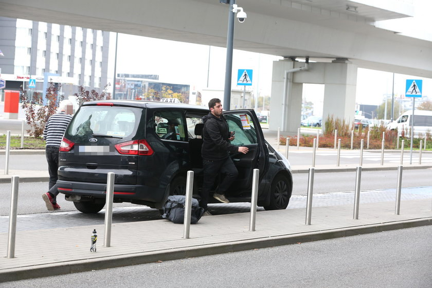 oszuści w taksówkach