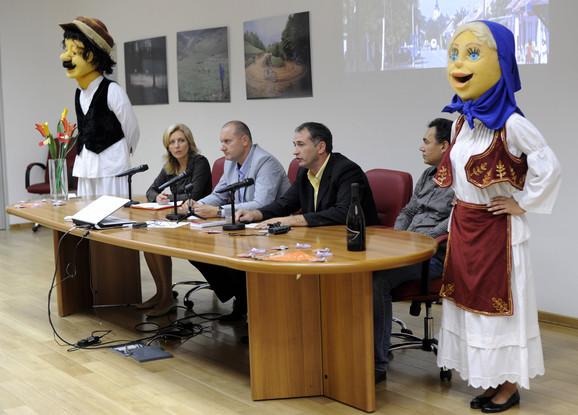 Sa konferencije za novinare uTurističkoj organizacijiSrbije