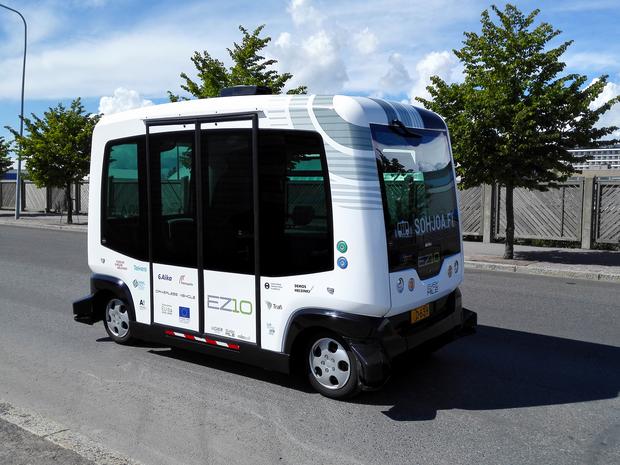 Automatyczny autobus pomieści 9 pasażerów