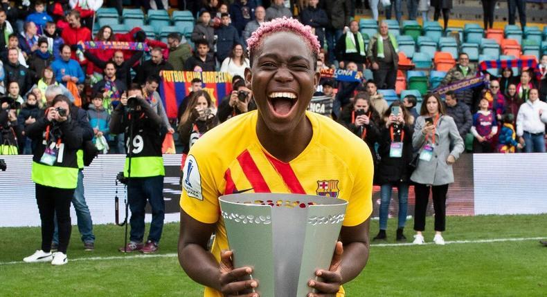 Asisat Oshoala has won the Spanish league title with Barcelona Femení (Twitter/Asisat Oshoala)