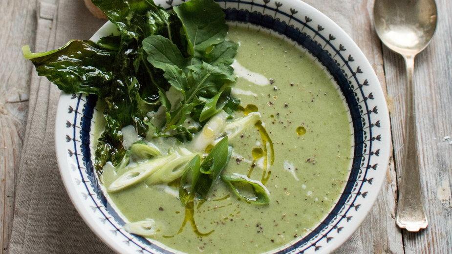 (nie)klasyczna zupa kalafiorowa