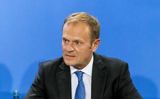 Tusk zbierał w Brukseli podpisy dla Trzaskowskiego