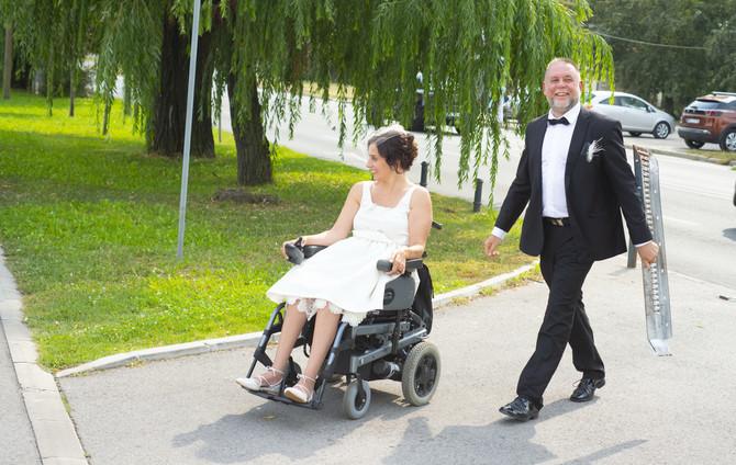 Novopečeni bračni par