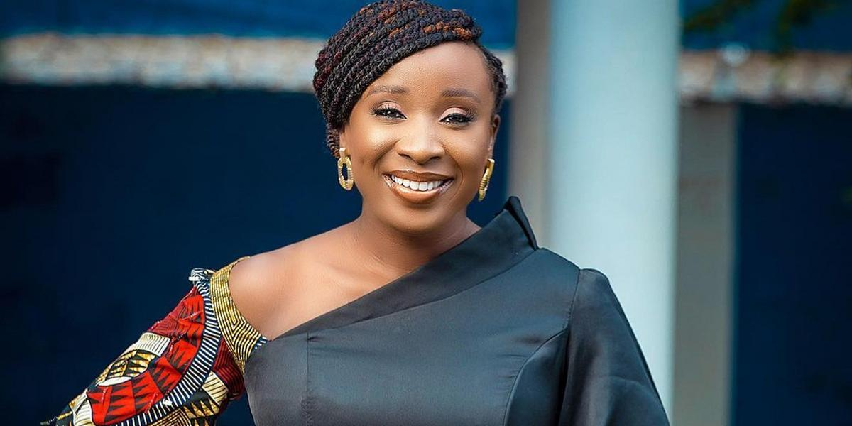 Woman crush: Naa Ashorkor is serving the best chic look in this lovely African print style