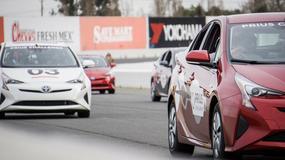 Toyota i NTT połączą samochody z internetem