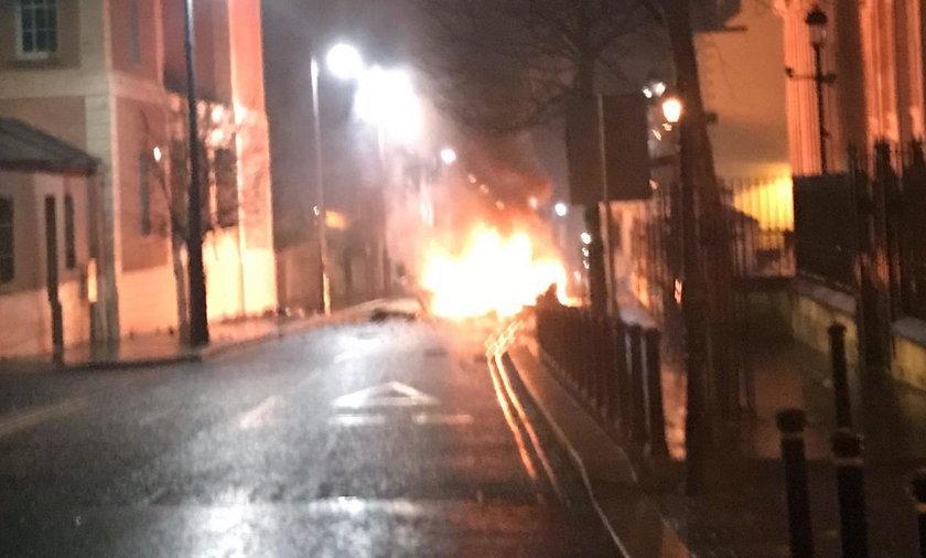 Irlandia wybuch samochodu.