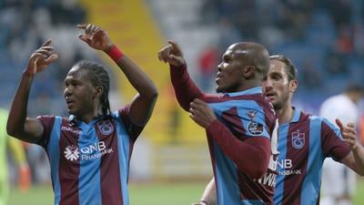 Trabzonspor striker Anthony Nwakaeme makes Team of the Week in Turkey