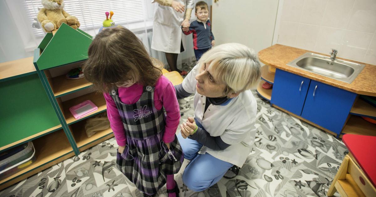 NOIZZ istražuje: Šta se krije iza statusa o strancima koji usvajaju decu 60 Podeljeno 60