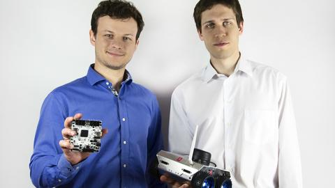 Dominik Nowak i Radosław Jarema - założyciele startupu Husarion