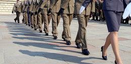 MON bierze się za przetargi na wojskowe mundury
