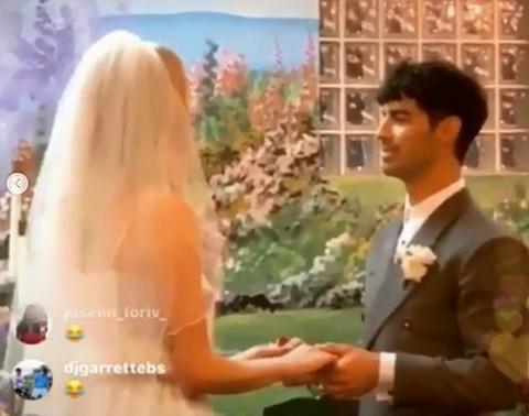 """Glumica izgovorila sudbonosno """"da"""" u tajnosti: Pogledajte kako je izgledalo venčanje!"""