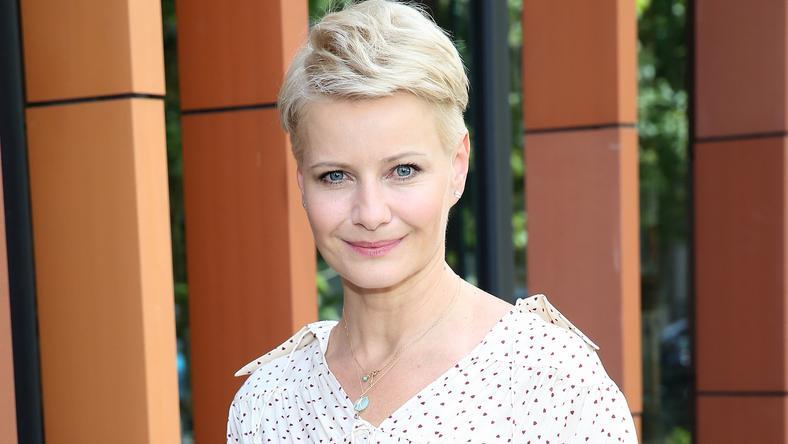 Małgorzata Kożuchowska W Nowej Fryzurze Przygotowuje Się Do Filmu