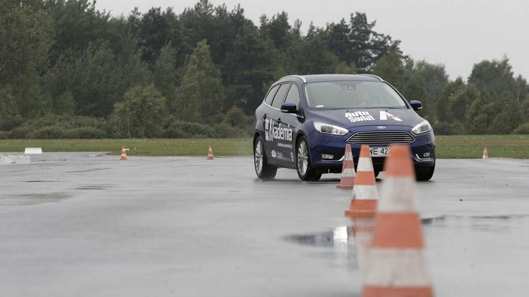 Tak powinno wyglądać szkolenie kierowców?