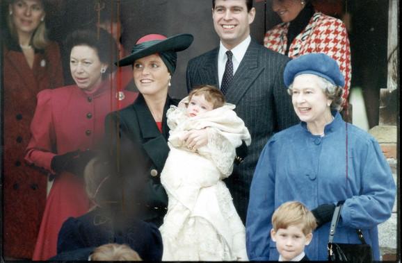 Hari sa bakom u decembru 1992. u Londonu