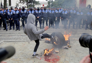 Bałkany: Lud kontra eurofikcja. Trwają protesty przeciwko skorumpowanym władzom