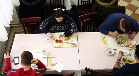 Iz studentskog restorana u Đušinoj