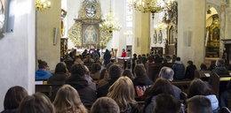 Szokujące dane o polskich katolikach