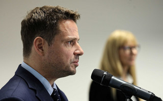 Trzaskowski: Dostałem login i hasło do posiedzenia Sejmu. CIS: doszło do nieporozumienia
