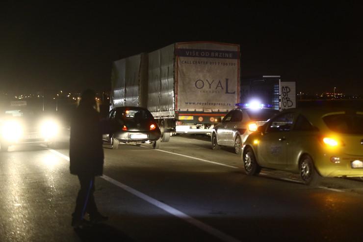 nesreća zrenjaninski put policija mrak noćna