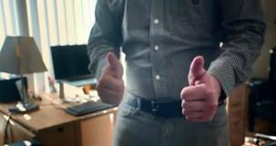 05f222dcc4 Przez całe życie wkładałeś koszulę w spodnie źle. Dzięki nam