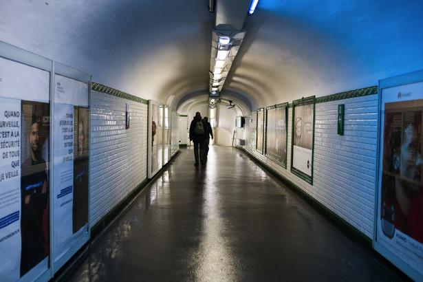 Koronawirus, Francja, Paryż, lockdown