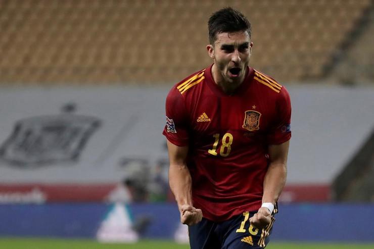 Feran Tores slavi gol na meču Španija - Nemačka