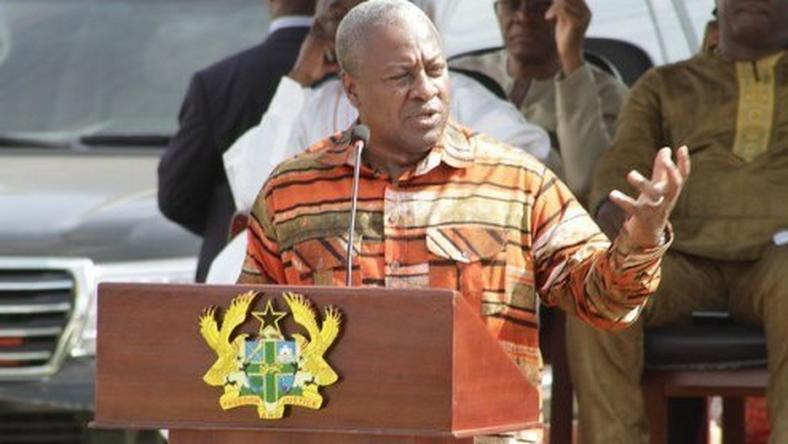___4875596___https:______static.pulse.com.gh___webservice___escenic___binary___4875596___2016___4___3___15___Mahama-in-Ada-495x330