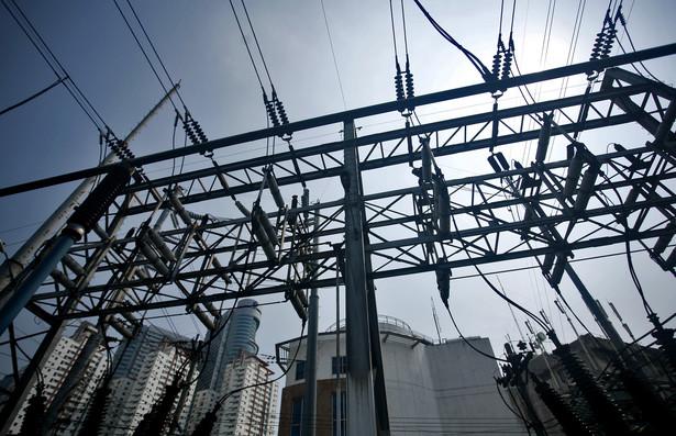 Linie energetyczne, fot. Bloomberg