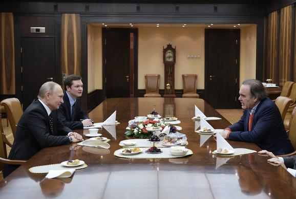 Vladimir Putin i Oliver Stoun