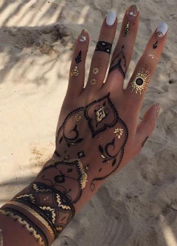Zmywalne Tatuaże To Hit Nadchodzącego Lata Zobacz 12