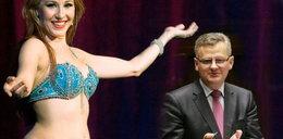 W ministerstwie taniec brzucha. Za 200 tys.!