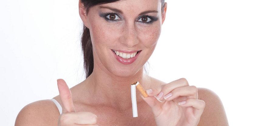 Te zioła pomogą rzucić palenie. Oczyszczą płuca