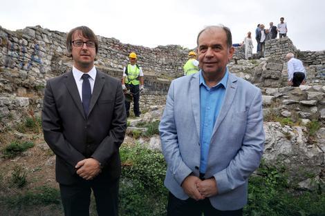 Petković i Milunović: Bezbednost posetilaca i zaustavljanje propadanja zidna su prioriteti
