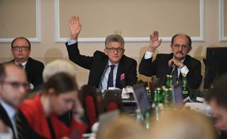 Komisja: Sędziowie wyłącznie z polskim obywatelstwem