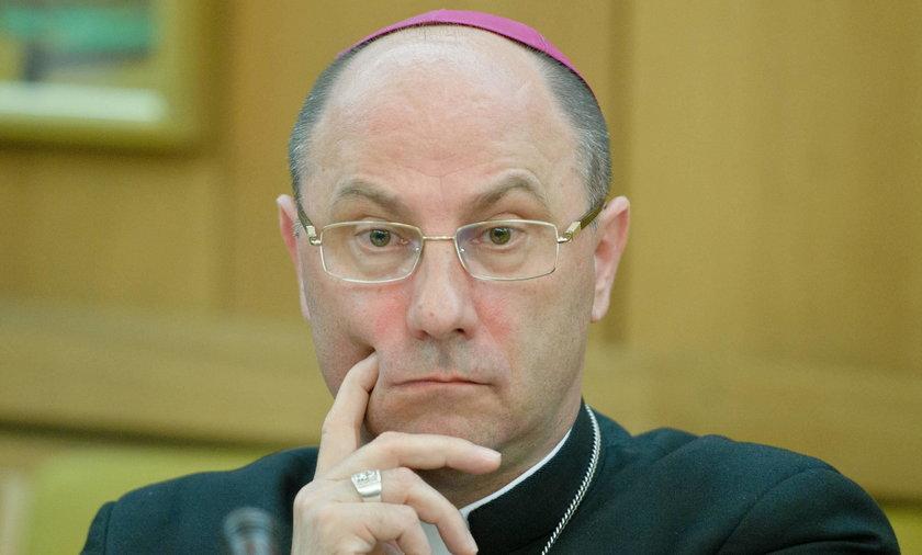 Prymas Polski zapowiada fundusz dla ofiar księży pedofilów