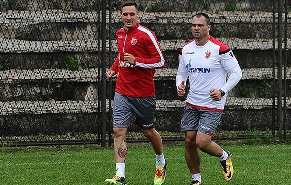 Nikola Stojiljković se već priključio crveno-belima