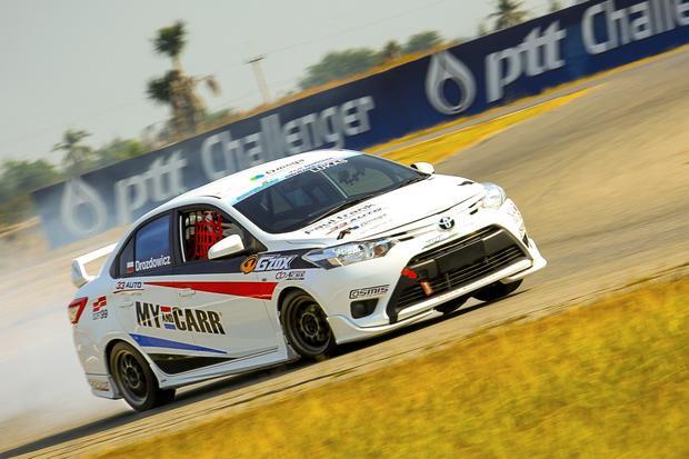 Do Tajlandii sprowadziły mnie marzenia o udziale w wyścigach samochodowych