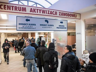 Lukę na polskim rynku pracy zaczynają wypełniać obywatele Indii, Nepalu i Bangladeszu