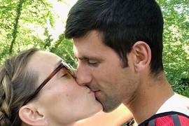 OTIŠLA NA SELO Nakon svetskog glamura i Novakovog trijumfa evo kako odmara Jelena Đoković