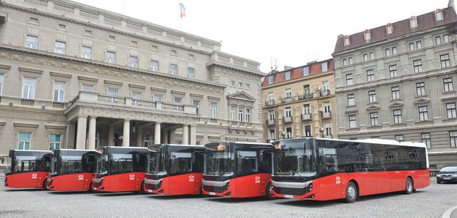 """Novi turski """"BMC"""" autobusi"""