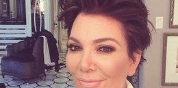 Kris Jenner kombinuje z twarzą?