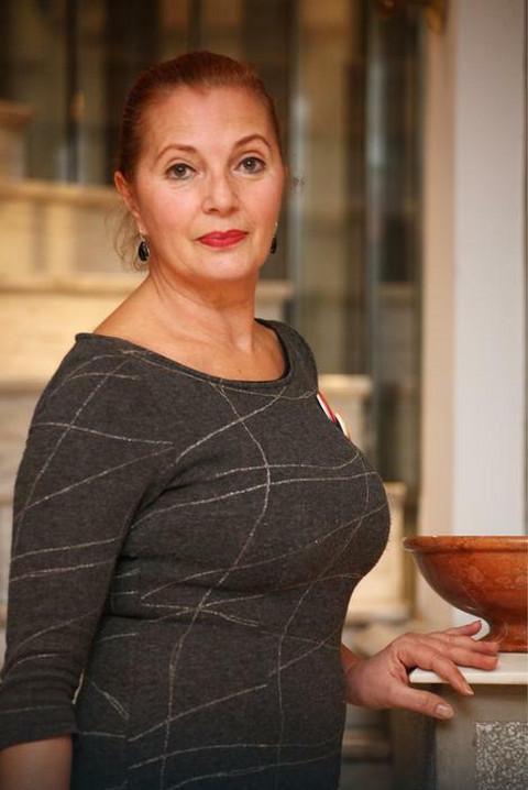 Tanja Bošković važi za jednu od najlepših žena bivše Juge! Ovo je njena ćerka koja je glumica i mnogi kažu da je ista majka!