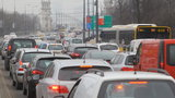 Kierowcy wolą stać w korkach, niż zostawiać auta przy Stadionie